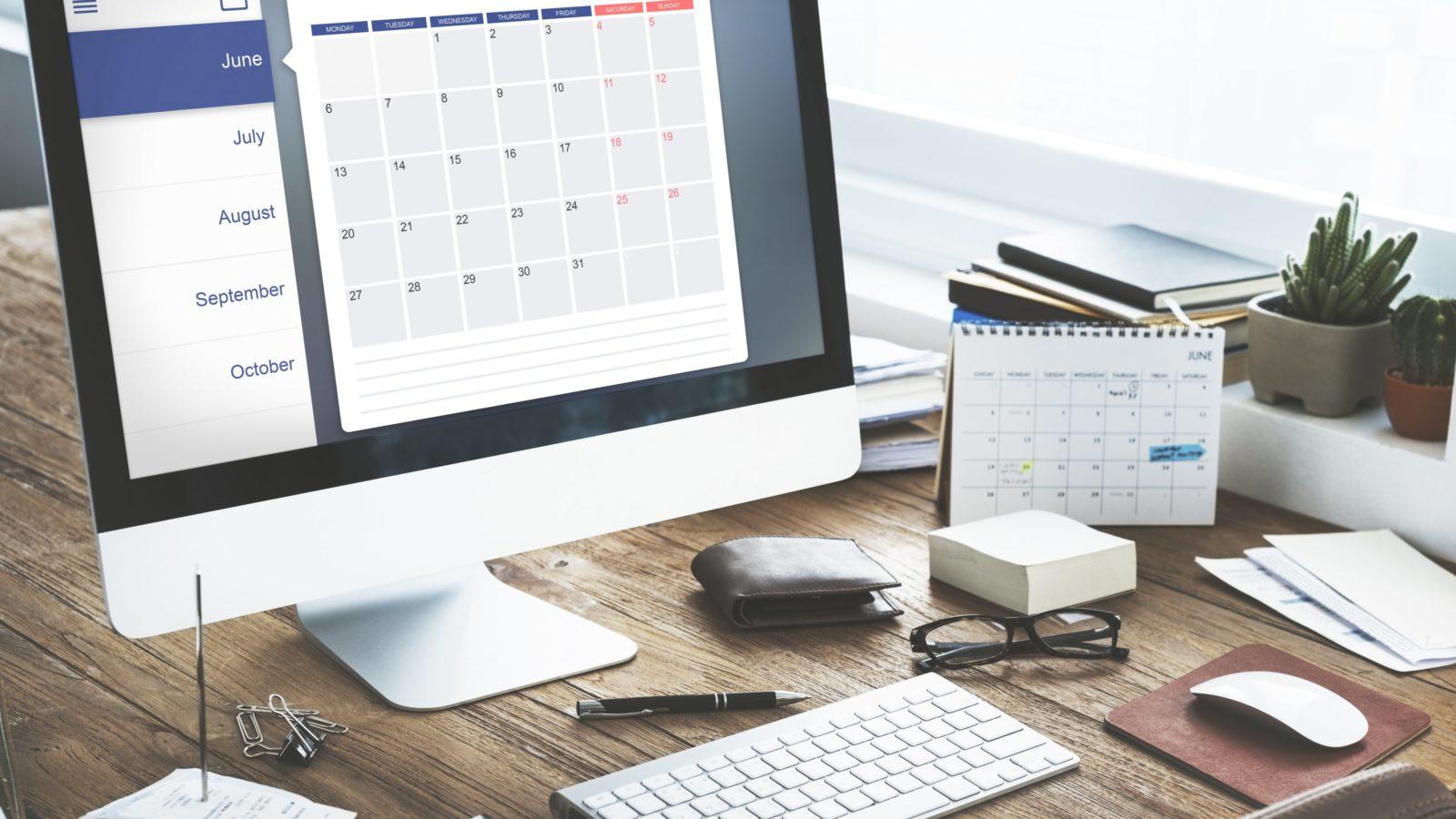 Mac displaying calendar